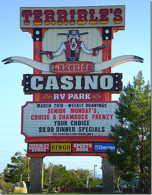 Terribles Casino sign 2