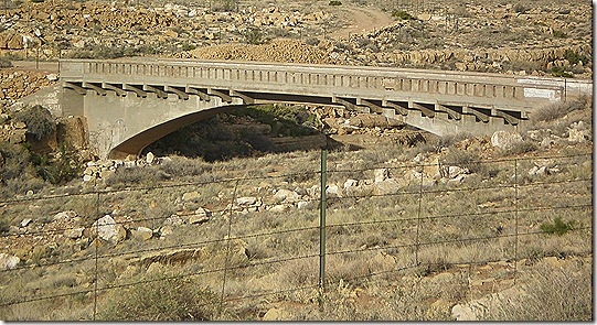 Two Guns bridge