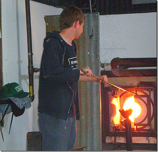 Glass blower at kiln 6