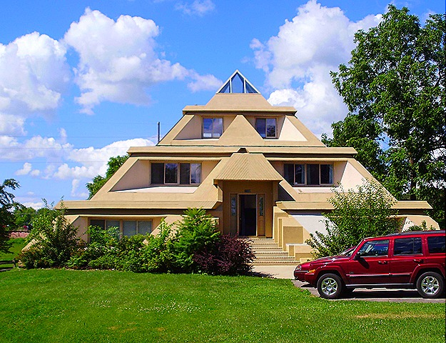 Pyramid house plans floor plans House plans iowa