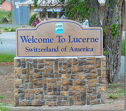 Welcome to Lucerne sign