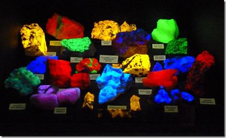 flourescent rocks 2