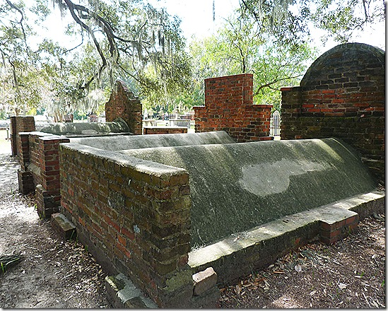 Colonial Park Cemetery 2