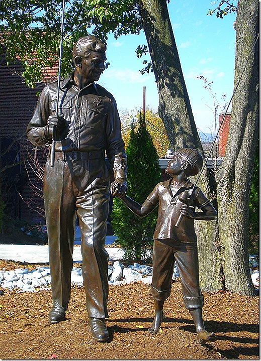 Andy Opie statue 3