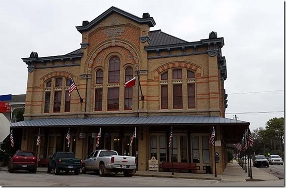 Opera House small