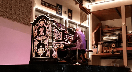 Organ player small