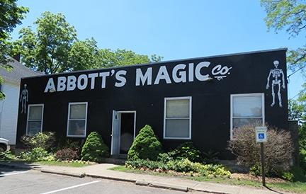 Abbott Magic outside