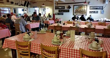 Samoa Cookhouse dining room small