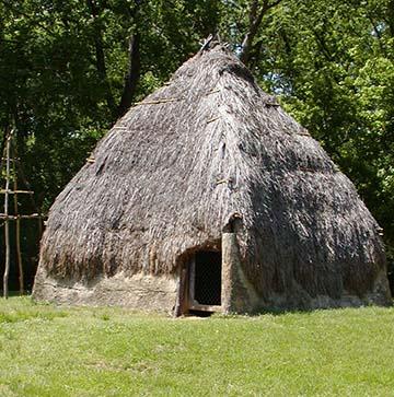 Natchez tribe hut 4