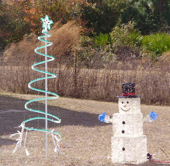 Ice block snowman