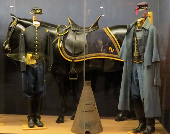 Horse and uniforms small