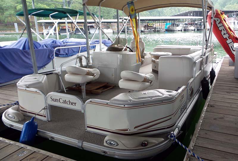 pontoon-boat