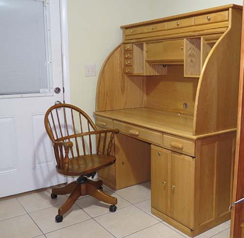 desk-open